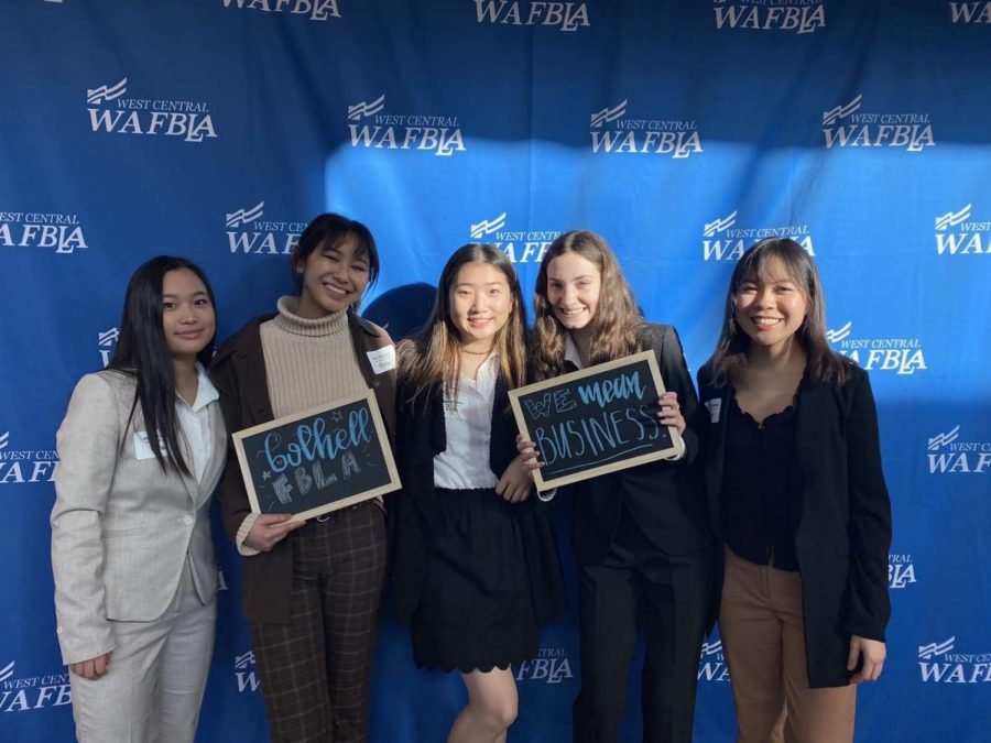 Bothell students at an FBLA competition.